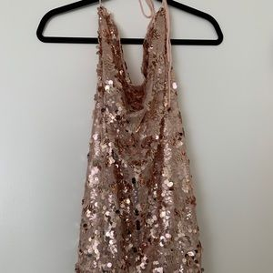 Backless sequin party dress